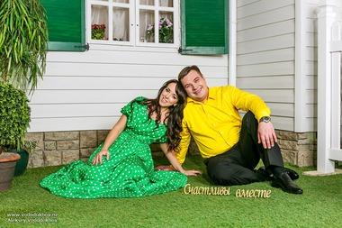 Елена и Дмитрий, Студия
